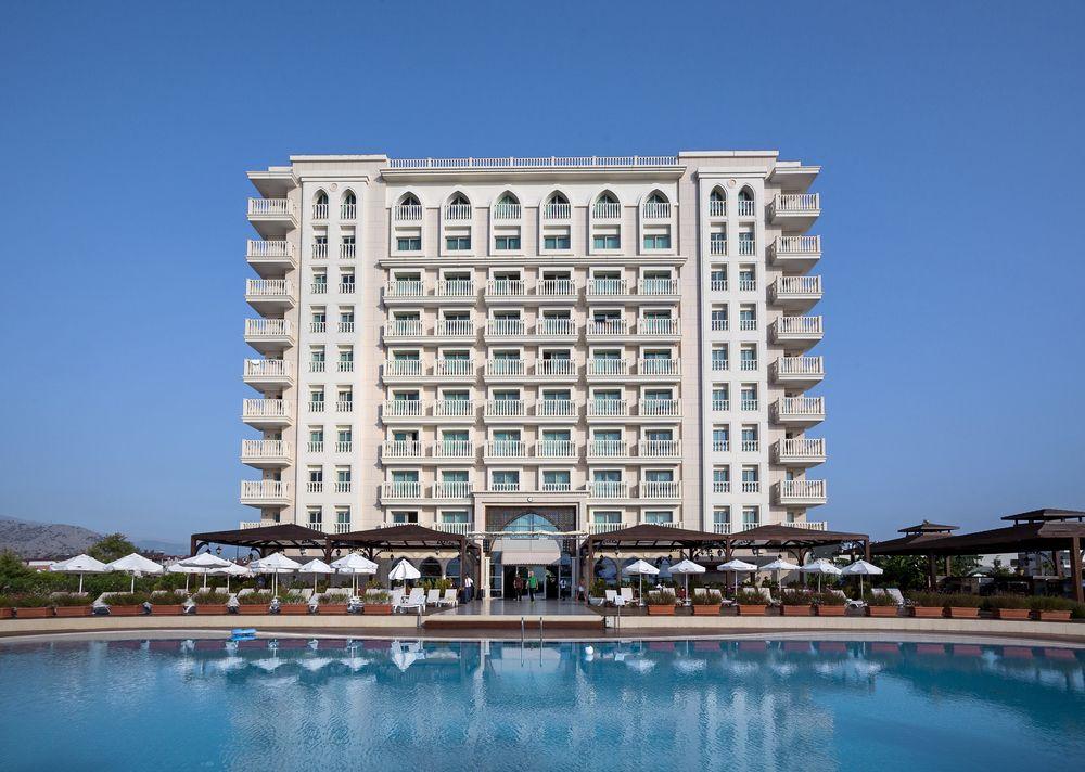 5* пляжный отель в Коньяалты